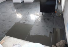 High gloss black large floor tiling
